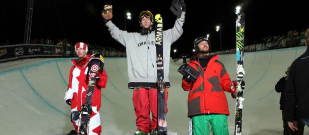 Tanner Hall Won Dew Cup Superpipe Final